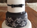 Black and white wedding cake1